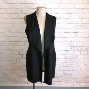 CHICO'S black Long cotton vest. Size 0 or S